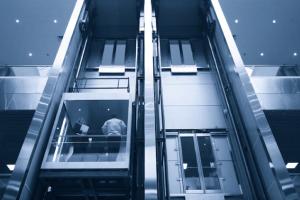 ascensores comerciales elegantes