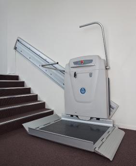 Elevador para silla de ruedas simple y economico